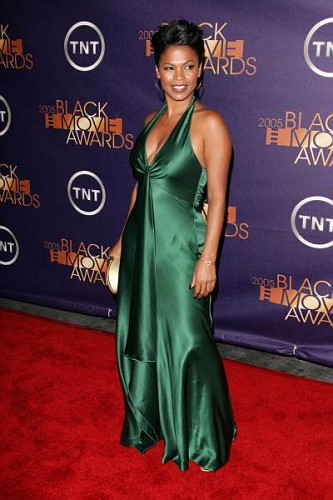 Nia Long green dress