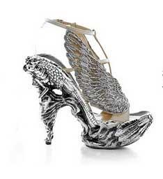 Alexander McQueen Fall 2010 shoes line