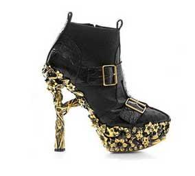 Alexander McQueen Fall 2010 shoes