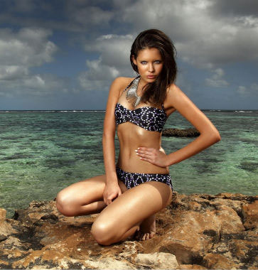 kooey-summer-2010-swimwear-collection-ad-campaign