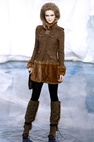 chanel fall 2010 color trends