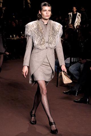 Loewe fall 2010 fashion trends